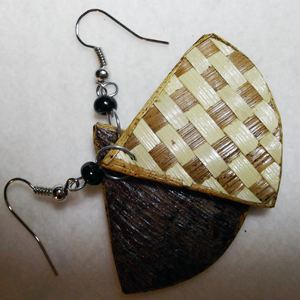 Earrings banana fibre