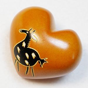 Small Heart (S 07 full) made of soapstone (Kenia)